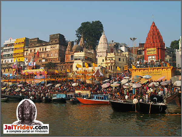 Varanasi Kashi Banaras Uttar Pradesh India Holy dip in river Ganga at Prayag Ghat - JaiTridev.com