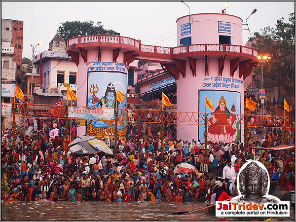 Hinduism Religious Photography, Varanasi / Kashi / Banaras, Uttar Pradesh, India.