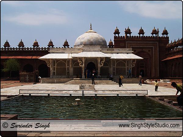 Islam Religious Photography, Hazrat Salim Chisti Dargah, Fatehpur Sikri, Uttar Pradesh, India.